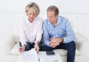 Signs Your Aging Parents Need Help Managing Finances